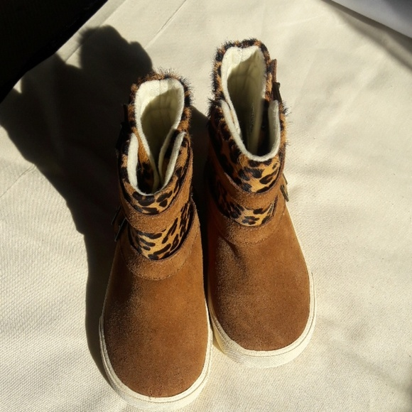 girls boots size 9
